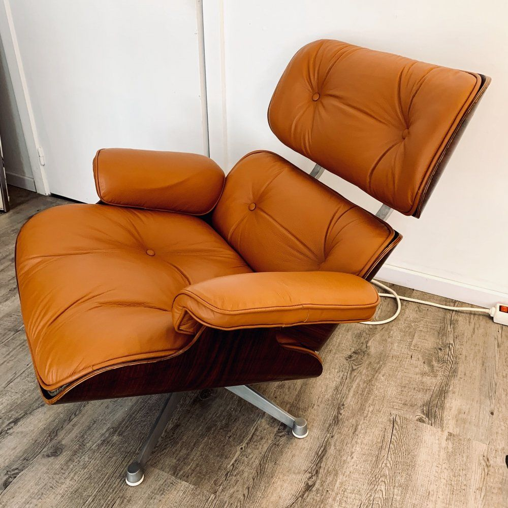 For sale 1st edition eames lounge chair by charles ray