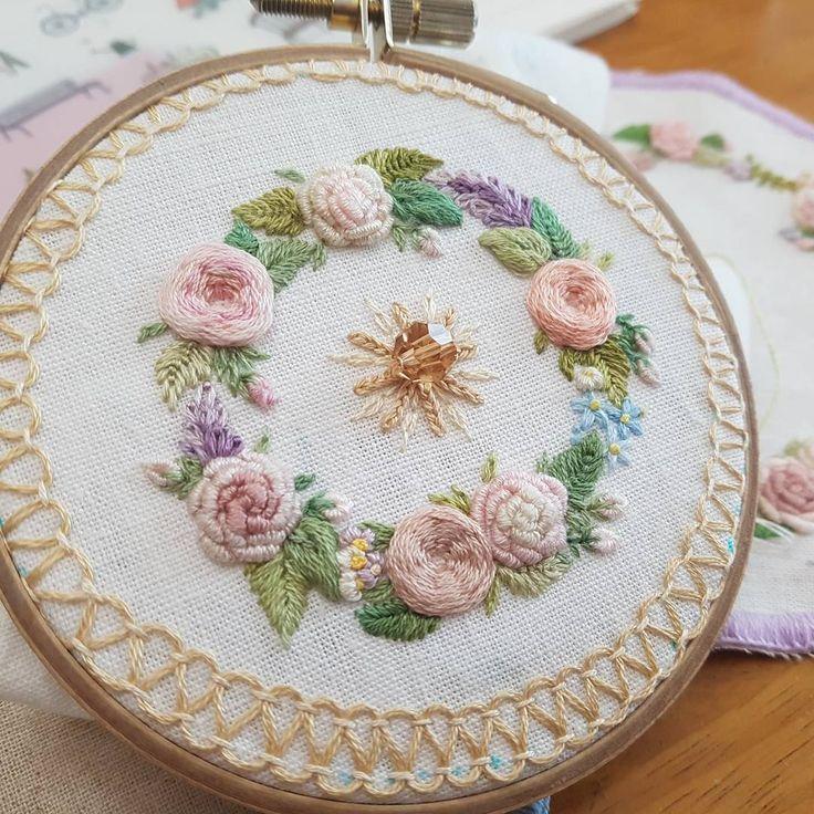 Pin de 문정선 en embroidery   Pinterest