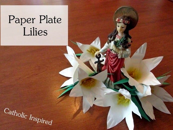 Paper Plate Lilies {Super Easy!} ~ Catholic Inspired