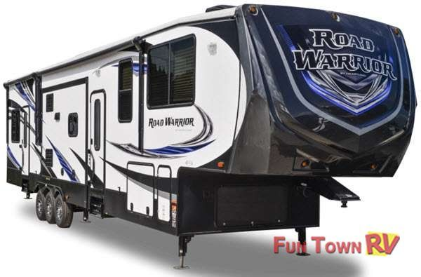 Road Warrior Toy Hauler Fifth Wheel | RV Sales | 11