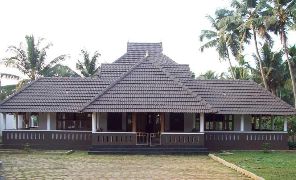 Elevation-0111 | Kerala house design, Kerala traditional ...