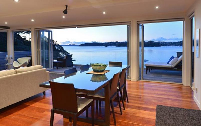 Bay of Islands luxury holiday rental, Beachfront Luxury   Amazing Accom