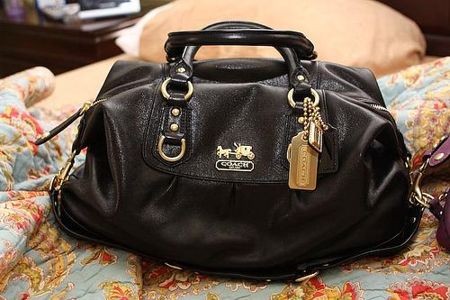 Handbags Coach Leather Hamptons Carryall Bag Purse Black F Authentic Guaranteed With Tissue Paper Box Available Arel