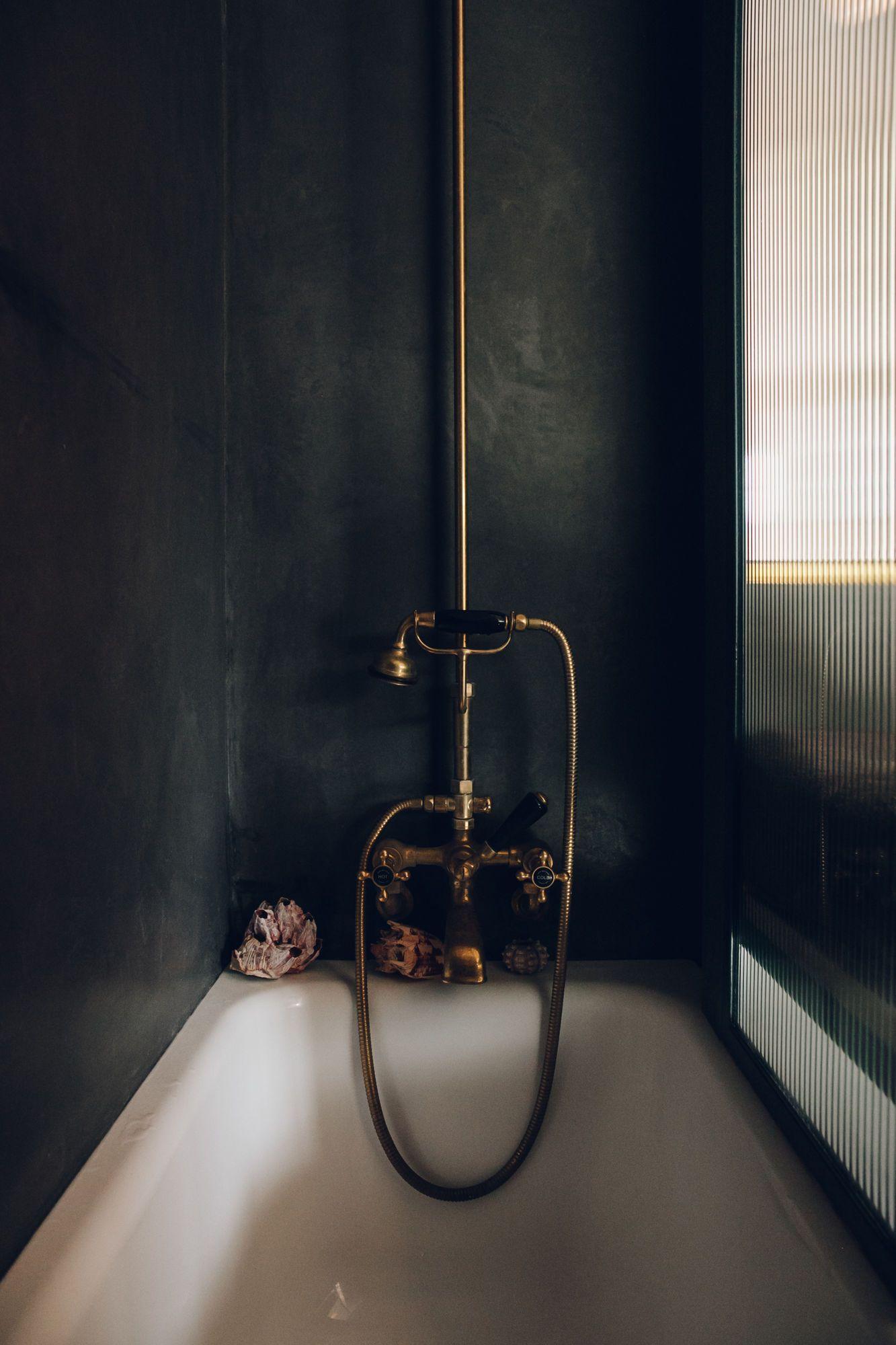 Bathroom of the Week: A Moody Tadelakt Bath in London   Shower tub ...