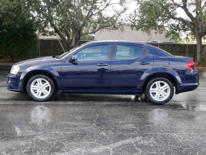 2014 Dodge Avenger Sxt True Blue Chrysler Cars Dodge Avenger Dodge