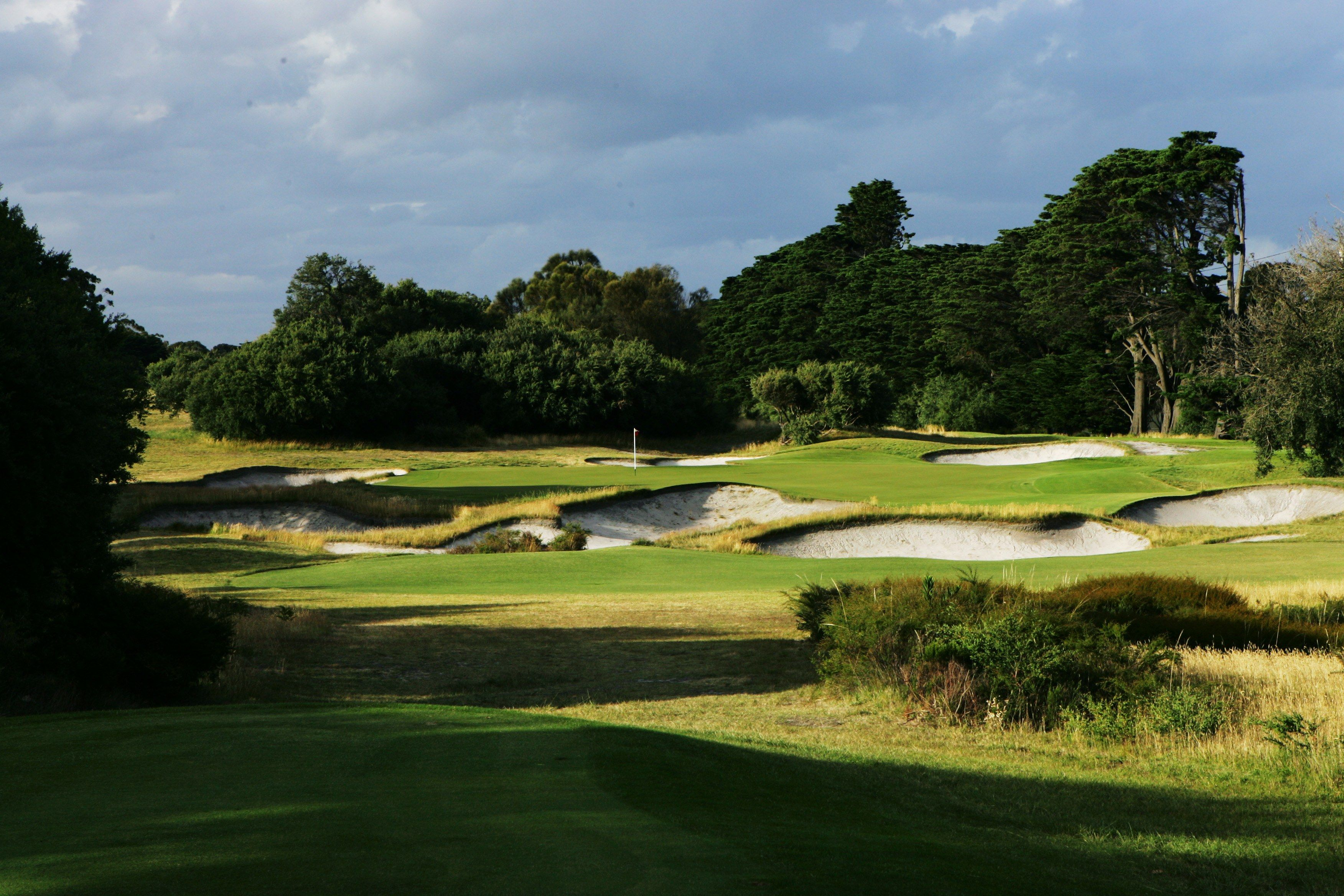 Royal melbourne to host 2019 presidents cup in mid