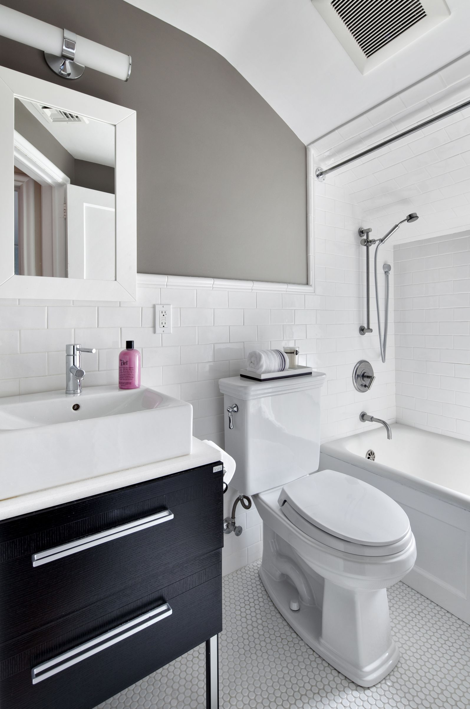 Donna Dotan Photography Inc. - Contemporary - Bathroom - Images by ...