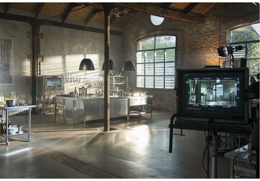 COMPOSIZIONE CUCINA A BLOCCHI 195X320 Custom kitchen unit by ALPES ...