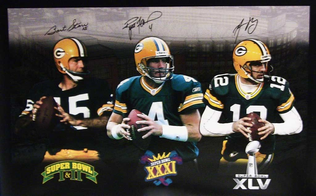 Three Generations Of Super Bowl Winning Packers Qbs Bart Starr Brett Favre Aa Green Bay Packers Vintage Green Bay Packers Players Green Bay Packers Football