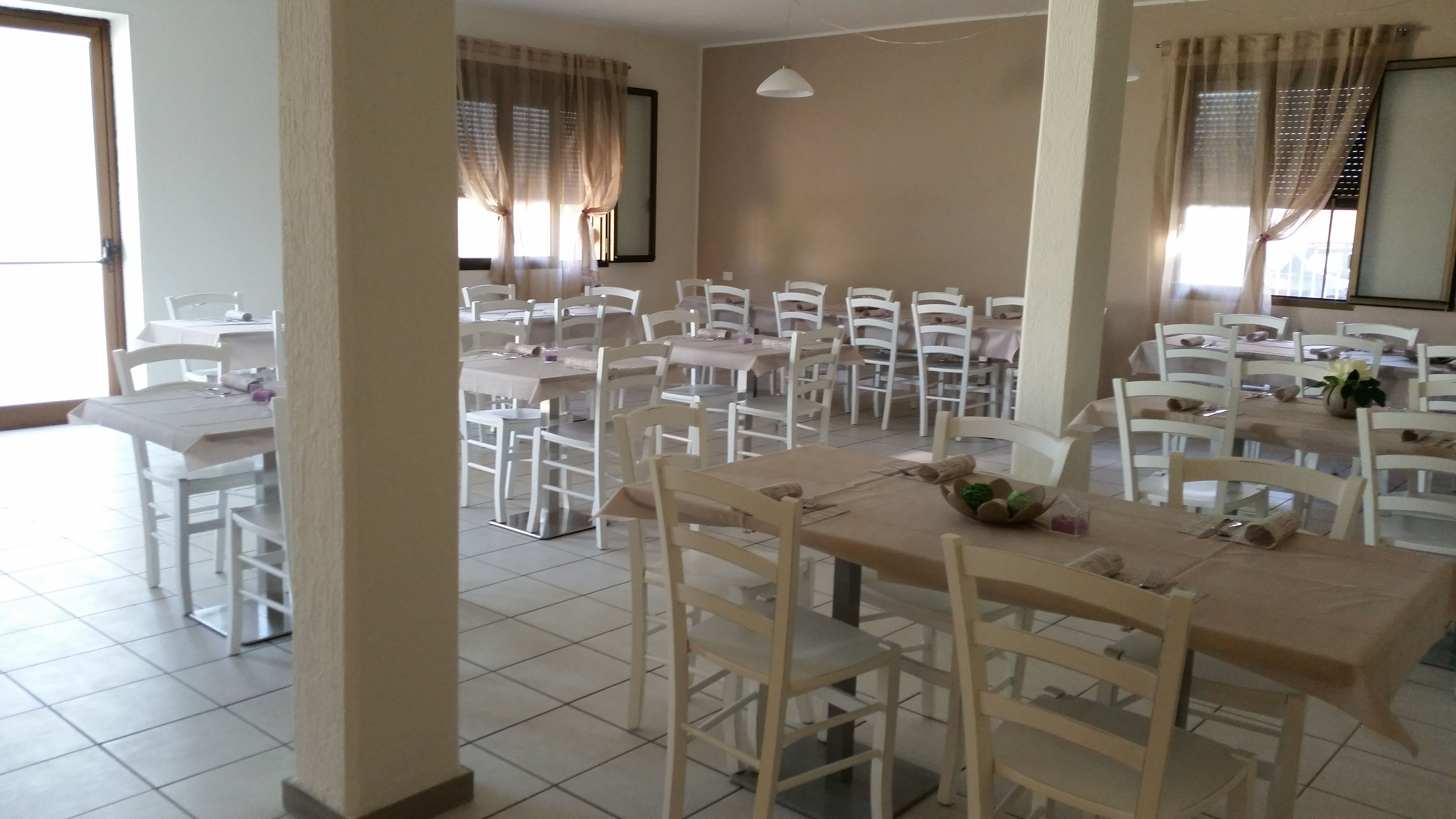 Sedie Veneziane ~ Sedie e tavoli ristoranti pub trattorie maieron snc www
