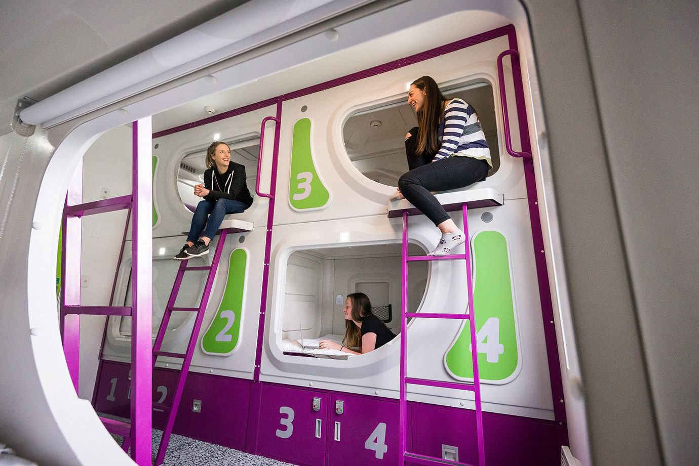 Sleeping Pods Are The Perfect Holiday Resting Point For Backpackers Who Enjoy Exploring The City On A Budget Sleeping Pods Cheap Hotels Pod Hotels