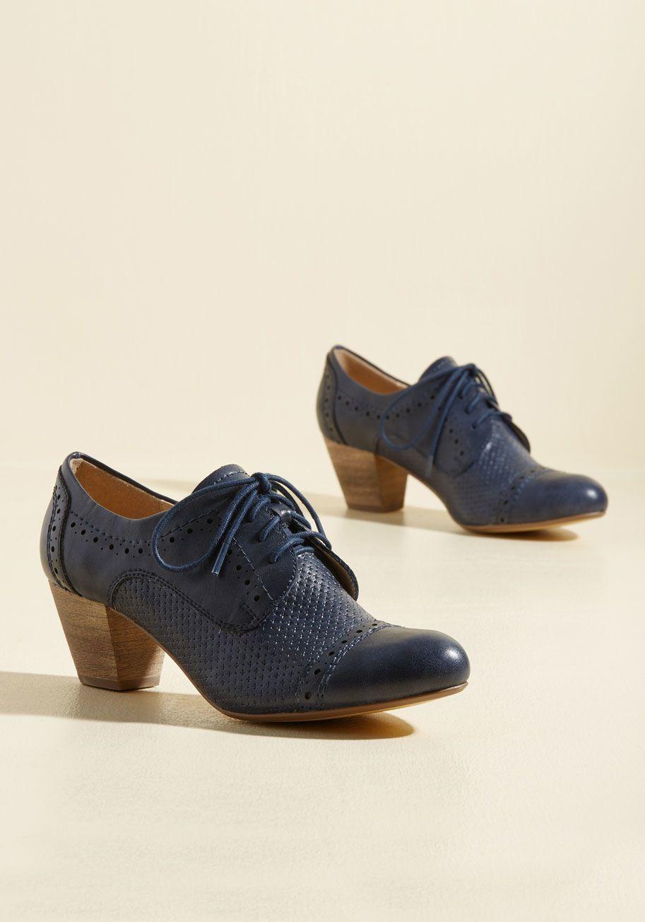 Oxford heels, Oxford shoes