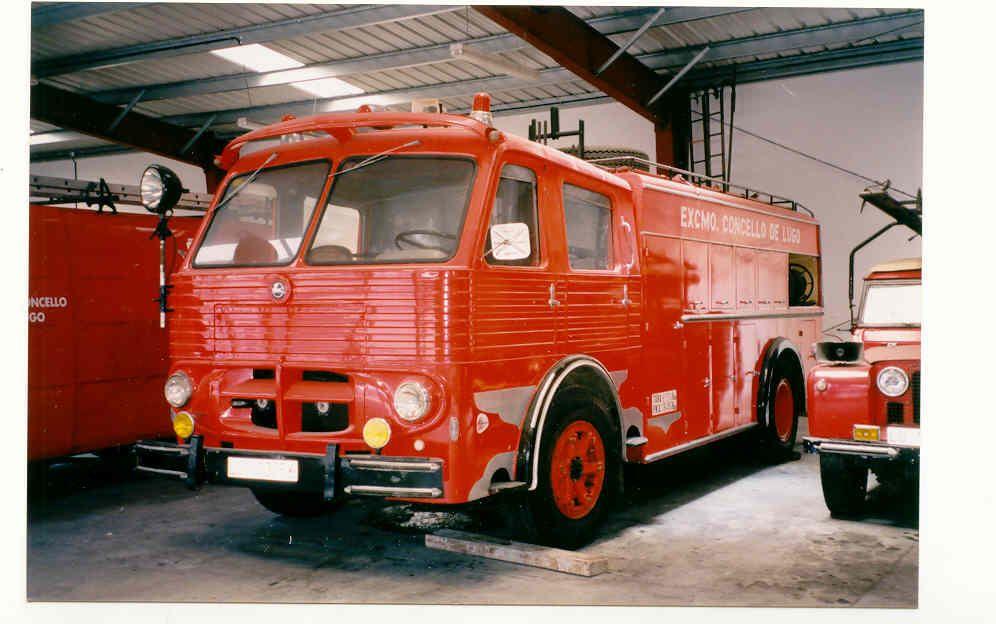 Pegaso 106 Firefighters Lugo Spain Camiones Clásicos Camion De Bomberos Pegaso