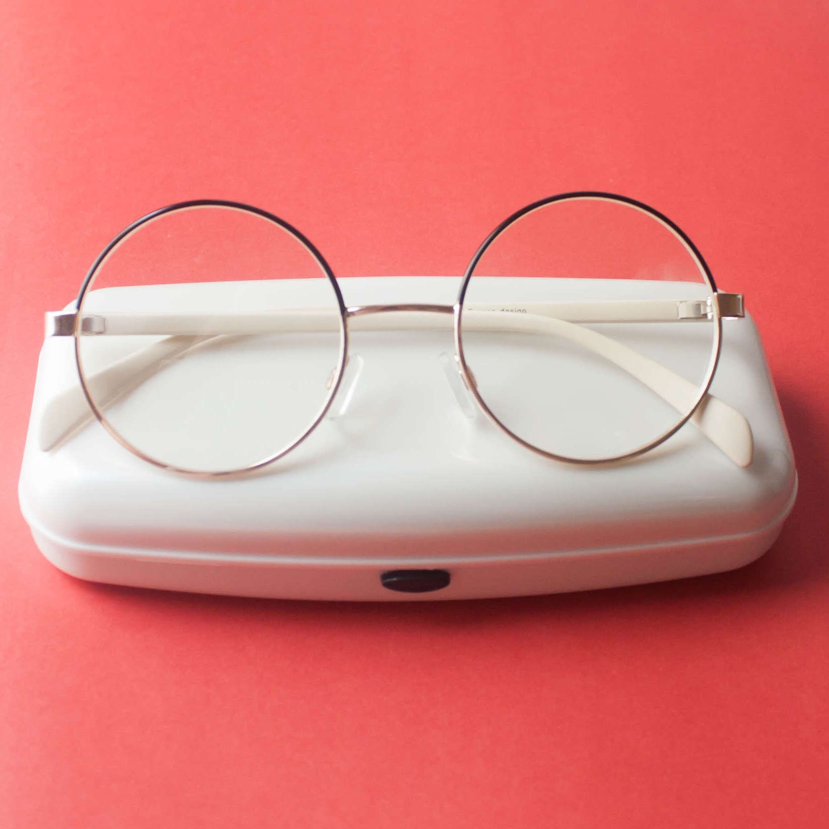 óculos REDONDO   SPECKS   Pinterest   Glasses, Eyewear and Eyeglasses 7645d0b186