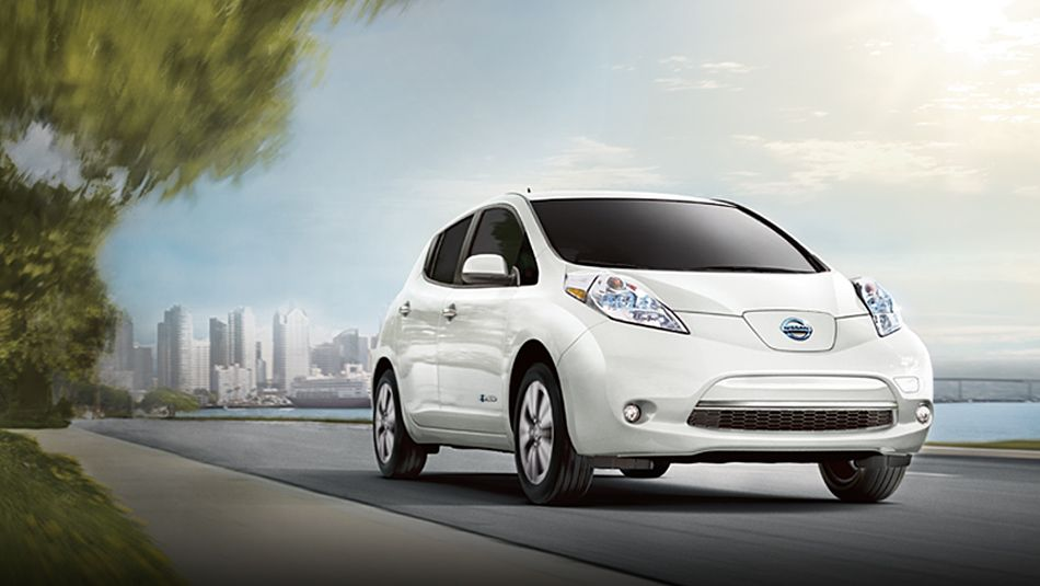 2016 Nissan Leaf Canada Starting At 32 698 Up To 172 Km Range Nissan Leaf Best Electric Car Electric Cars