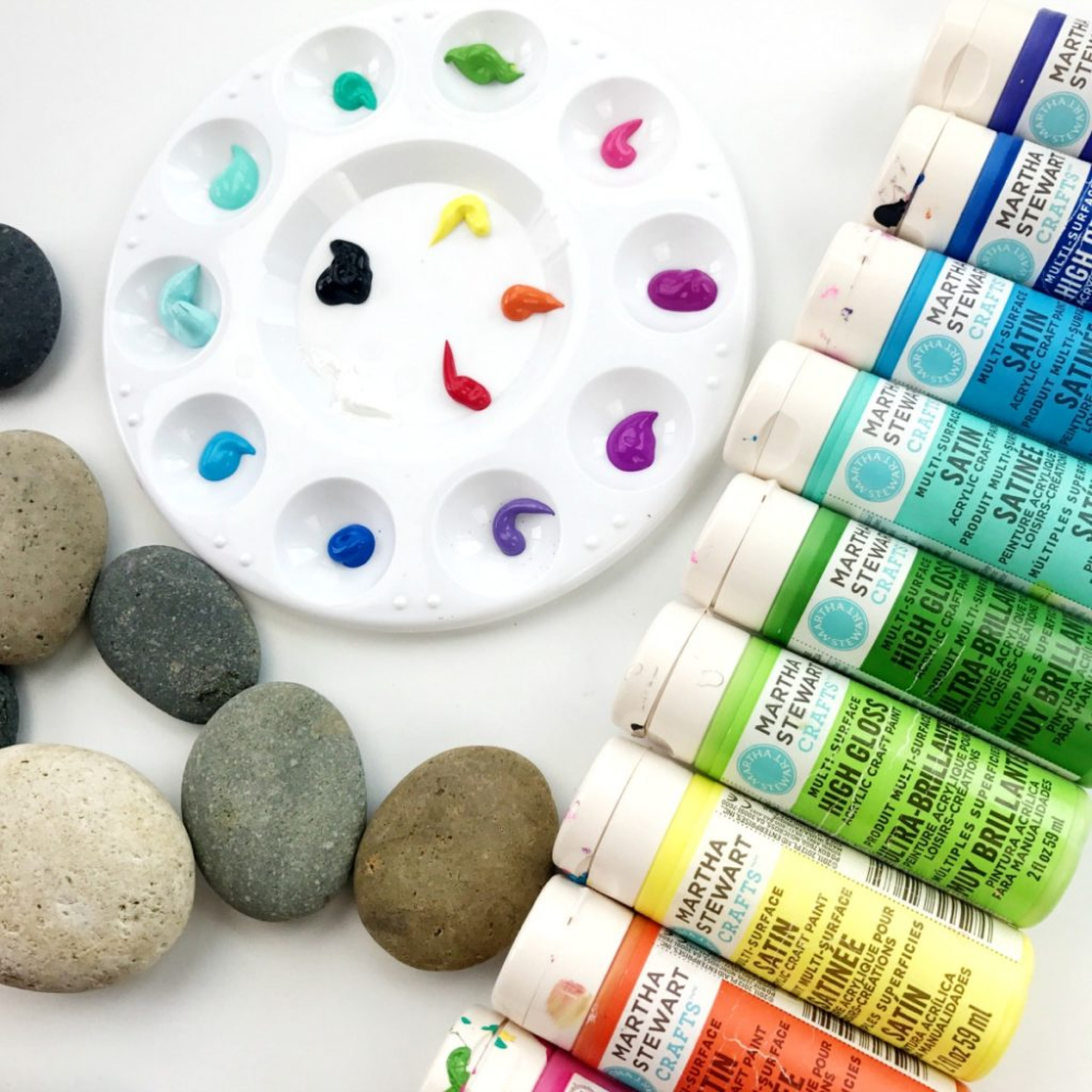 Painting Rocks  Best Supplies for Painting and Decorating Rocks is part of Rock painting supplies, Rock painting tutorial, Paint rock, Painted rocks, Rock painting ideas easy, Painted rocks kids - Painting rocks is easier than it looks and it's also quite addicting once you get started  It can be difficult to figure out the best supplies and techniques so I thought I'd create a guide based on my experience  For years I sold my painted stones on Etsy, but now I prefer to share what I've learned so that others can enjoy painting rocks as much as I do