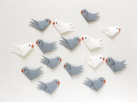 Kleiner Taubenschwarm / Streudeko