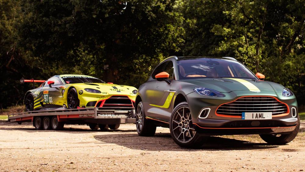 أستون مارتن تكشف النقاب عن نظام محاكاة السباقات لتوفير أفضل تجارب الرياضات الإلكترونية الفاخرة على الإطلاق موقع ويلز Racing Simulator Aston Martin Bmw Car