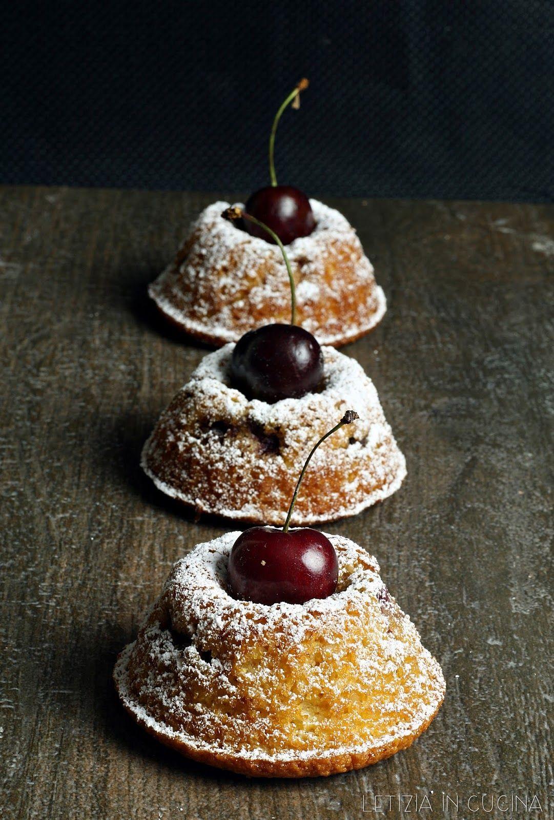 Letizia in Cucina: Tortine con ciliegie, mandorle e miele | torte ...