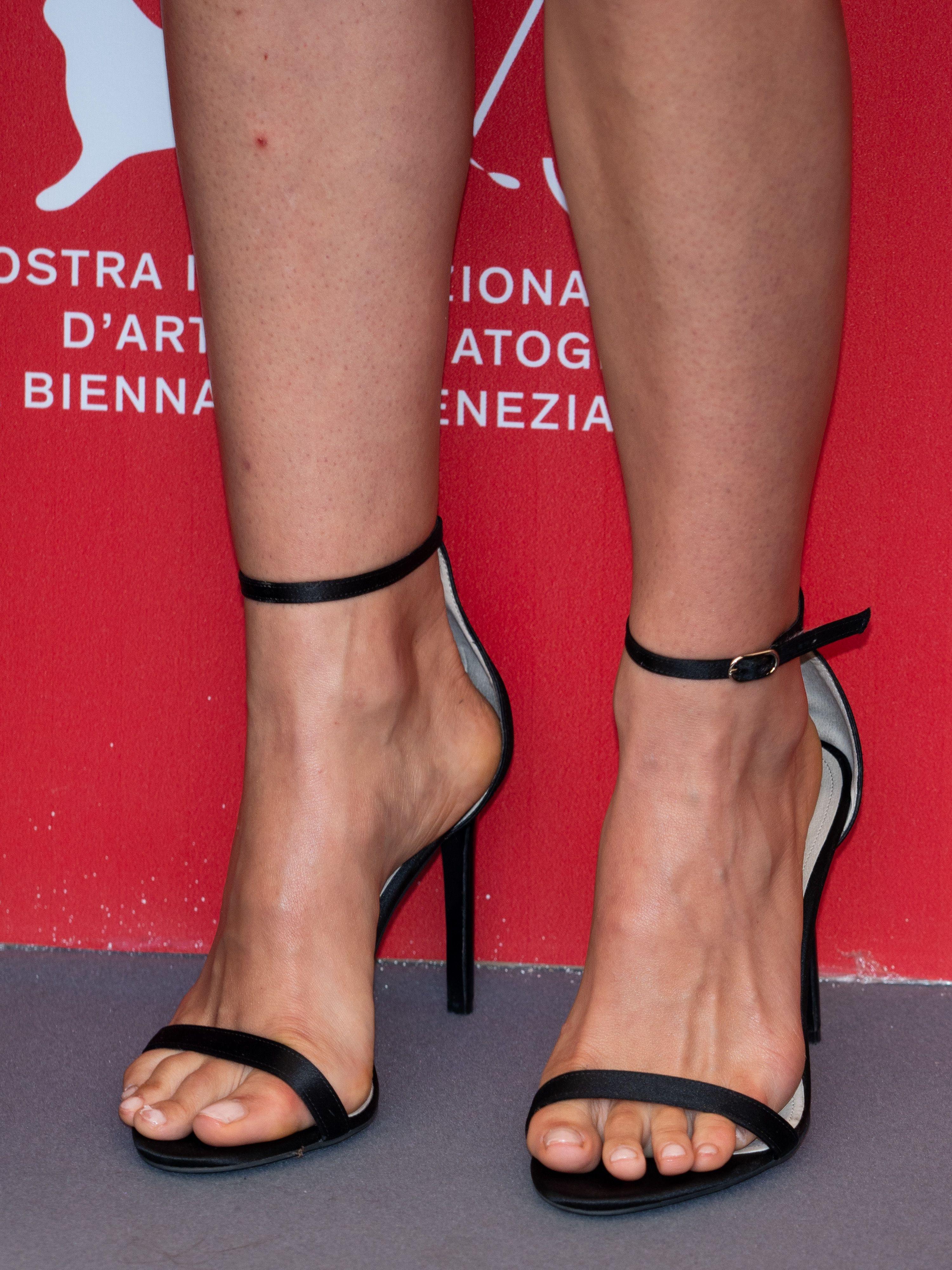 Feet Natalie Loren nude (88 foto and video), Tits, Fappening, Selfie, cleavage 2020