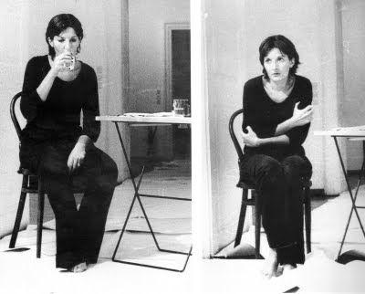 Marina Abramović, 1974, Rhythm 2  Performance, 7 hours