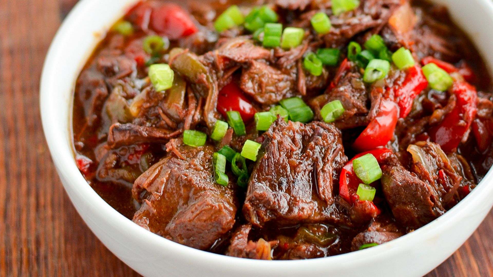17 Slow Cooker Beef Recipes That Anyone Can Make 2019 Stylecaster Spicy Asian Beef Slow Cooker Recipes Beef Slow Cooked Meals