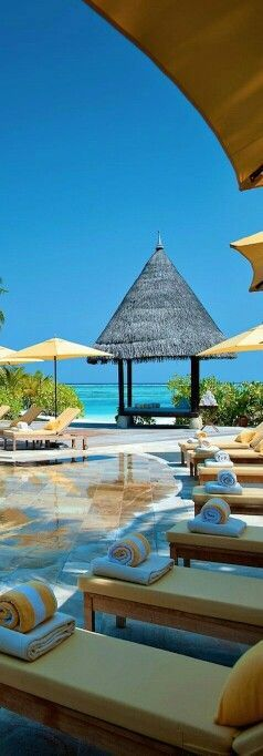 A beauty of the Main Pool at Kuda Huraa from Places to Relax on Twitter Four Seasons, Maldives