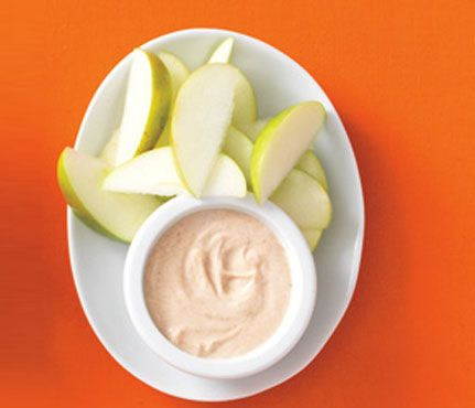 Apple Dippers- 1 small sliced apple; 1/4 cup lowfat plain yogurt mixed with 1  tsp peanut butter, 1 tsp honey, 1/4 tsp cinnamon. THE SKINNY: 147 calories,  ...