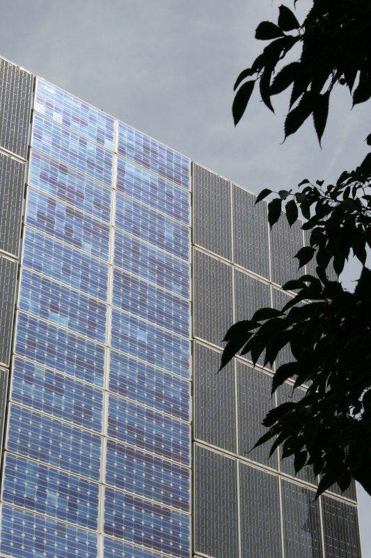 Fachada ventilada fotovoltaica