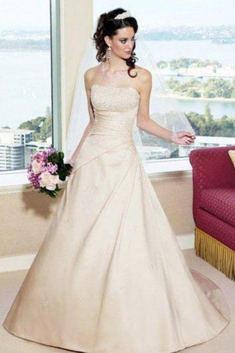 High Quality Satin Fabric Strapless Neckline Wedding Dress