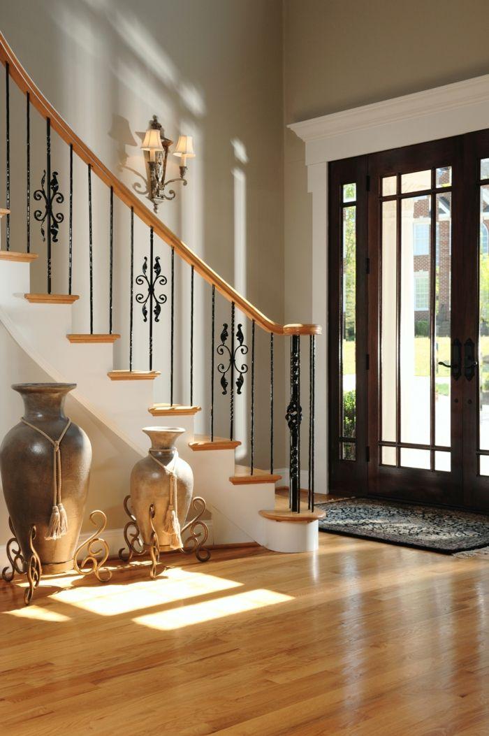 Flur gestalten 66 einrichtungsideen f r den flur home pinterest flur gestalten treppe - Wandleuchte treppenaufgang ...