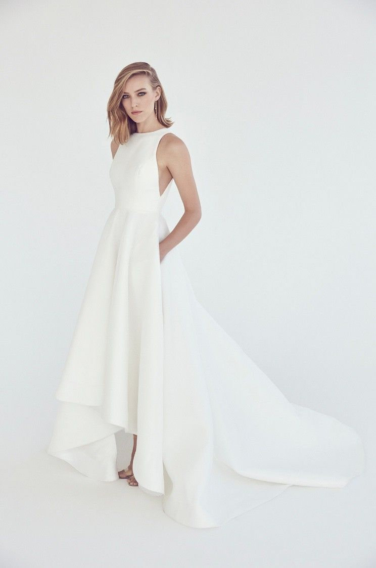 57705f2bc7d Stunning Suzanne Harward micro-mesh gown with high-lo circular skirt, under  arm cut out detail and pockets. I fell in love with this stunning dres.