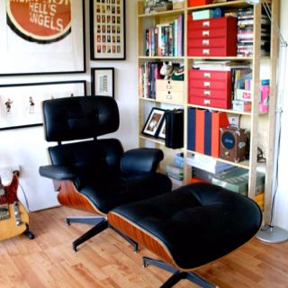 All my life, I've dreamed of owning my own Eames loungechair. This may be a replica, but I love it