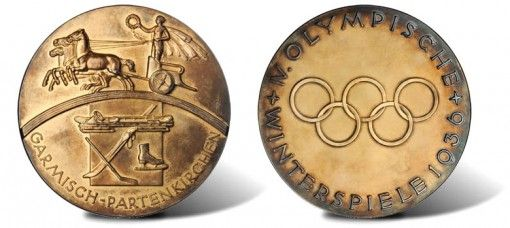 Gold olympic medal 1936 rare photo