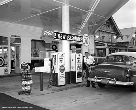 50s Union 76 Station 1955 54 Chevy Getting Gas