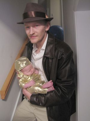 6a17e9b2 This is the best Halloween costume idea I have ever seen! Indiana Jones and  the baby is the idol!!!!! @ThinkGeek