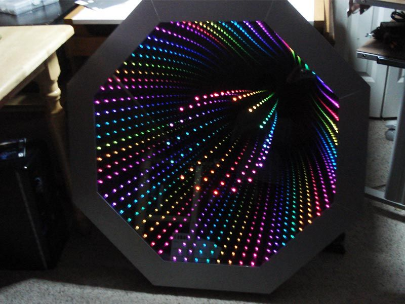 Octagon Infinity Mirror Contains 80 Rgb Leds 64 On The