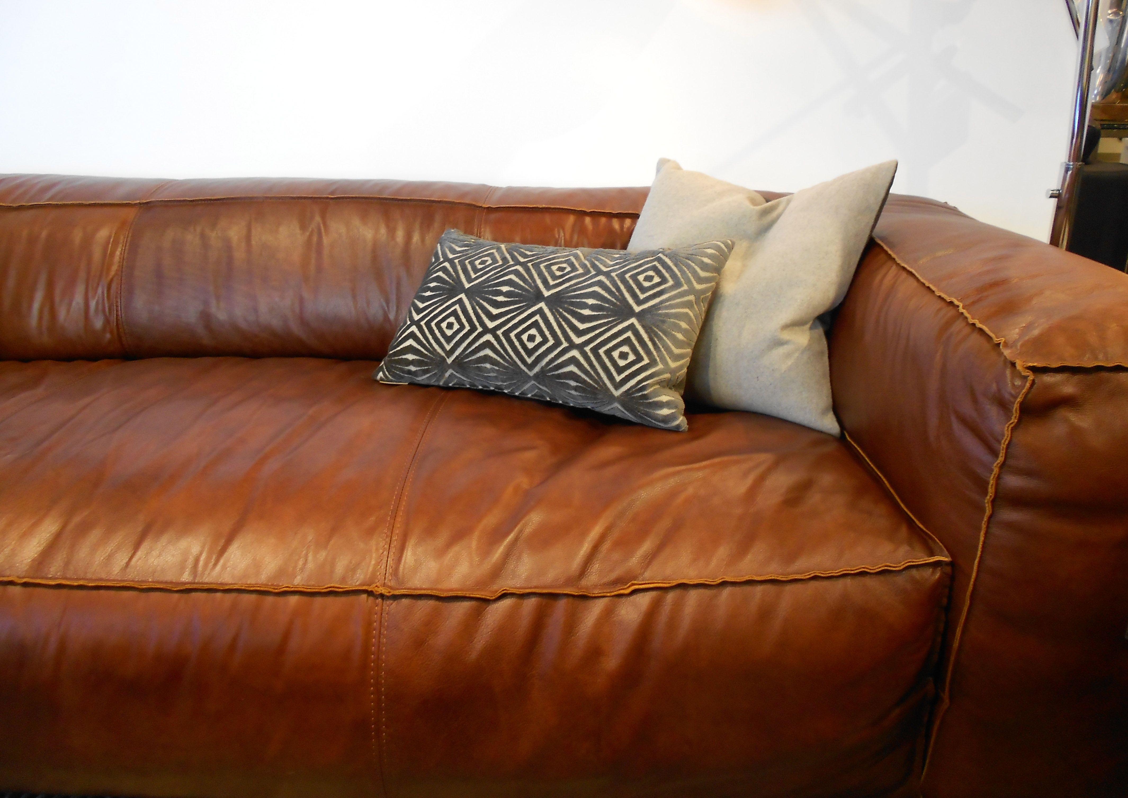 Wool And Velvet Accent Pillows   Kasala