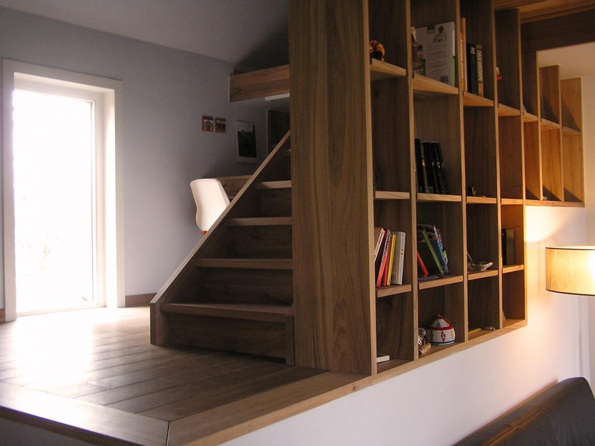 Boekenkast, trap en bureau in massieve olm - open wandkast ...