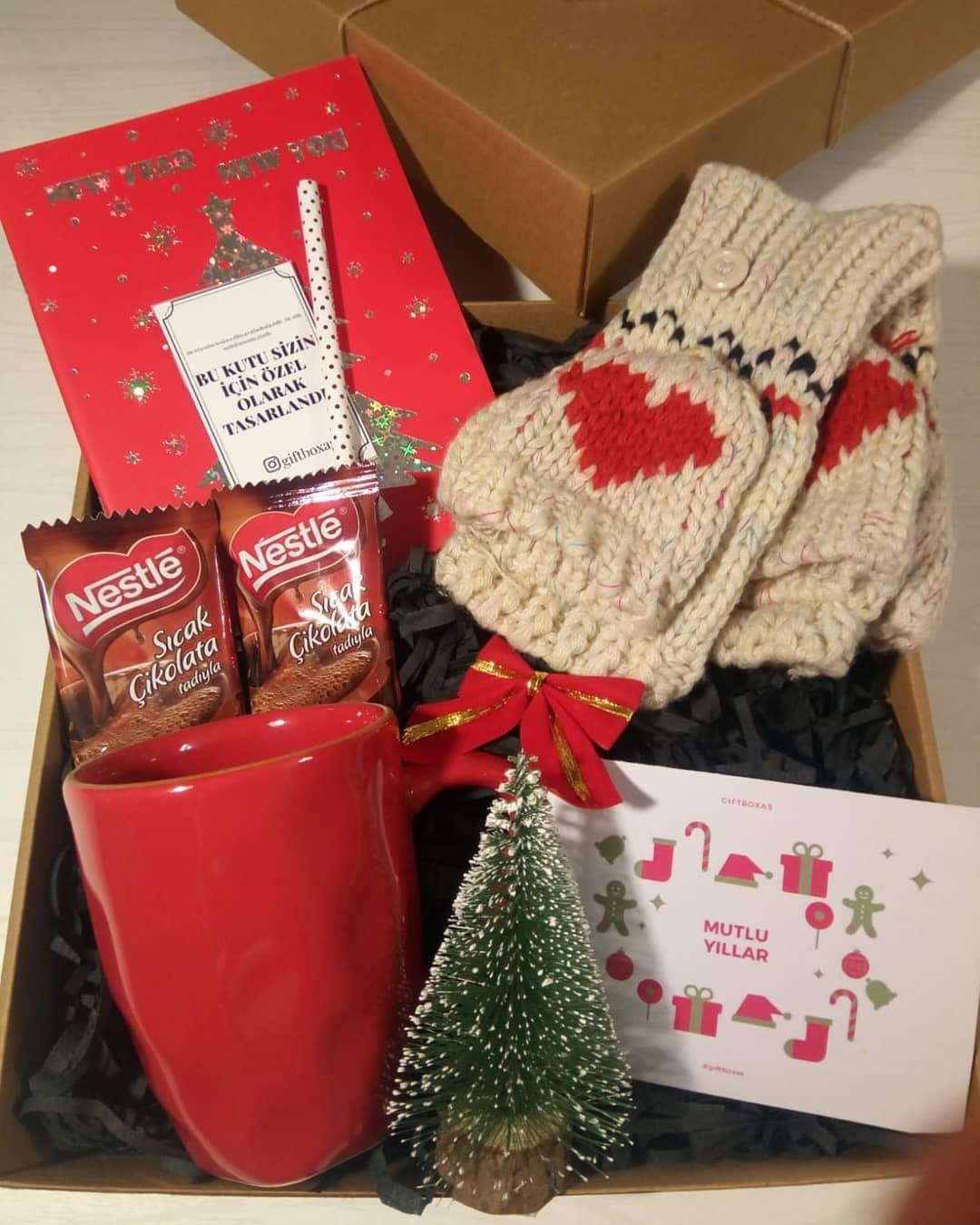 26 Begenme 6 Yorum Instagram Da Konsept Hediye Kutulari Giftboxas Sevgilinize Sicacik Bir Kutu Gondermek Ister Mis Gifts Winter Christmas Gift Wrapping