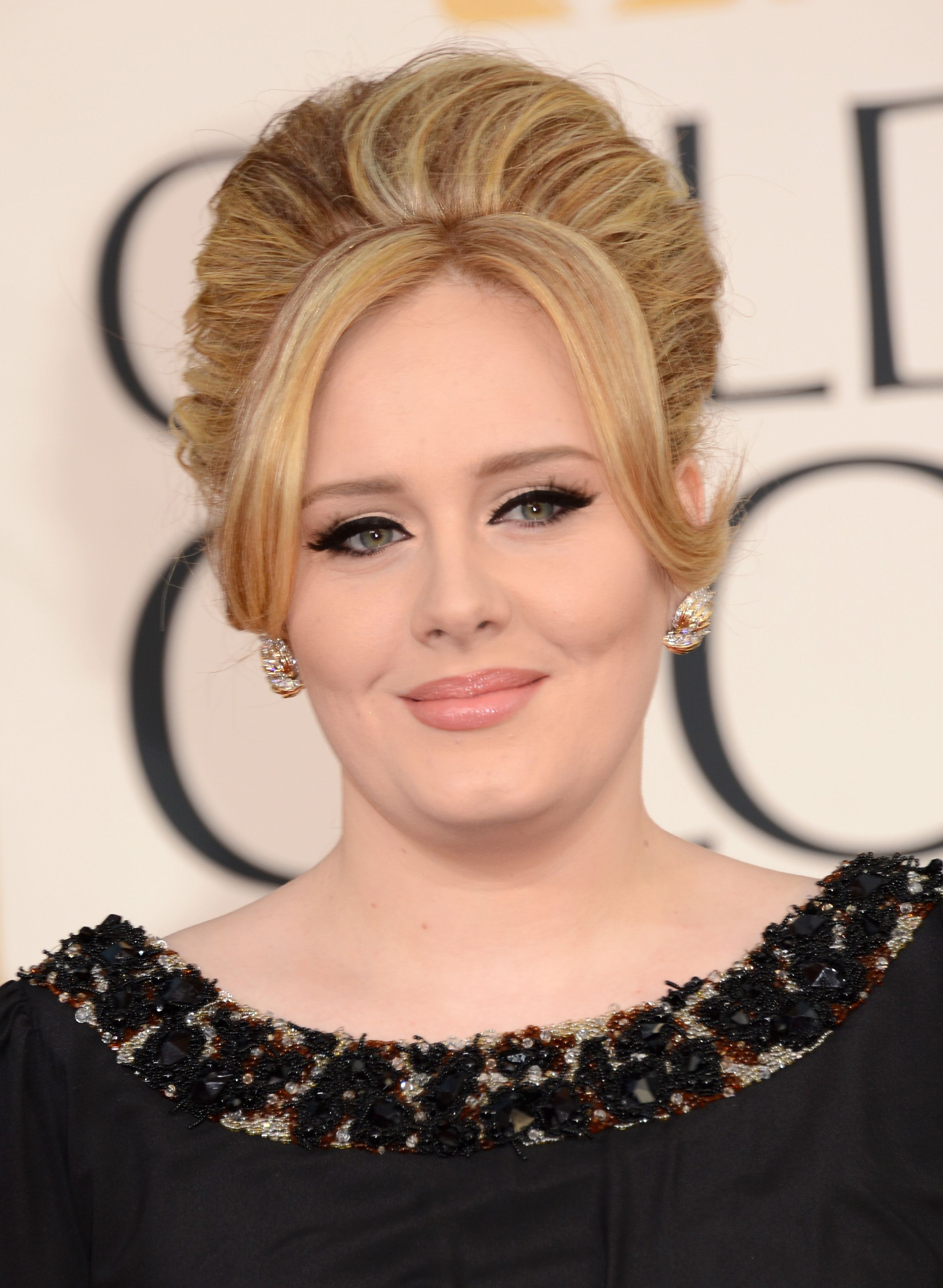 top 60 flattering hairstyles for round faces | adele | adele