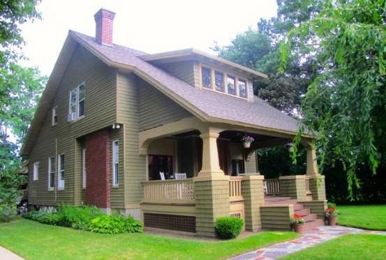 Schenectady Ny Provided By Zillow Craftsman House Craftsman Bungalows Craftsman Style Homes