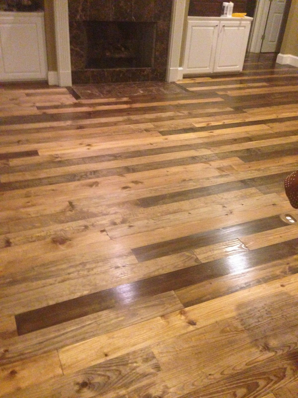 3 Stains No Sanding Poly Finish With Our 2 Knotty Southern Yellow Pine Flooring Flooring Pine Floors Hardwood Floors