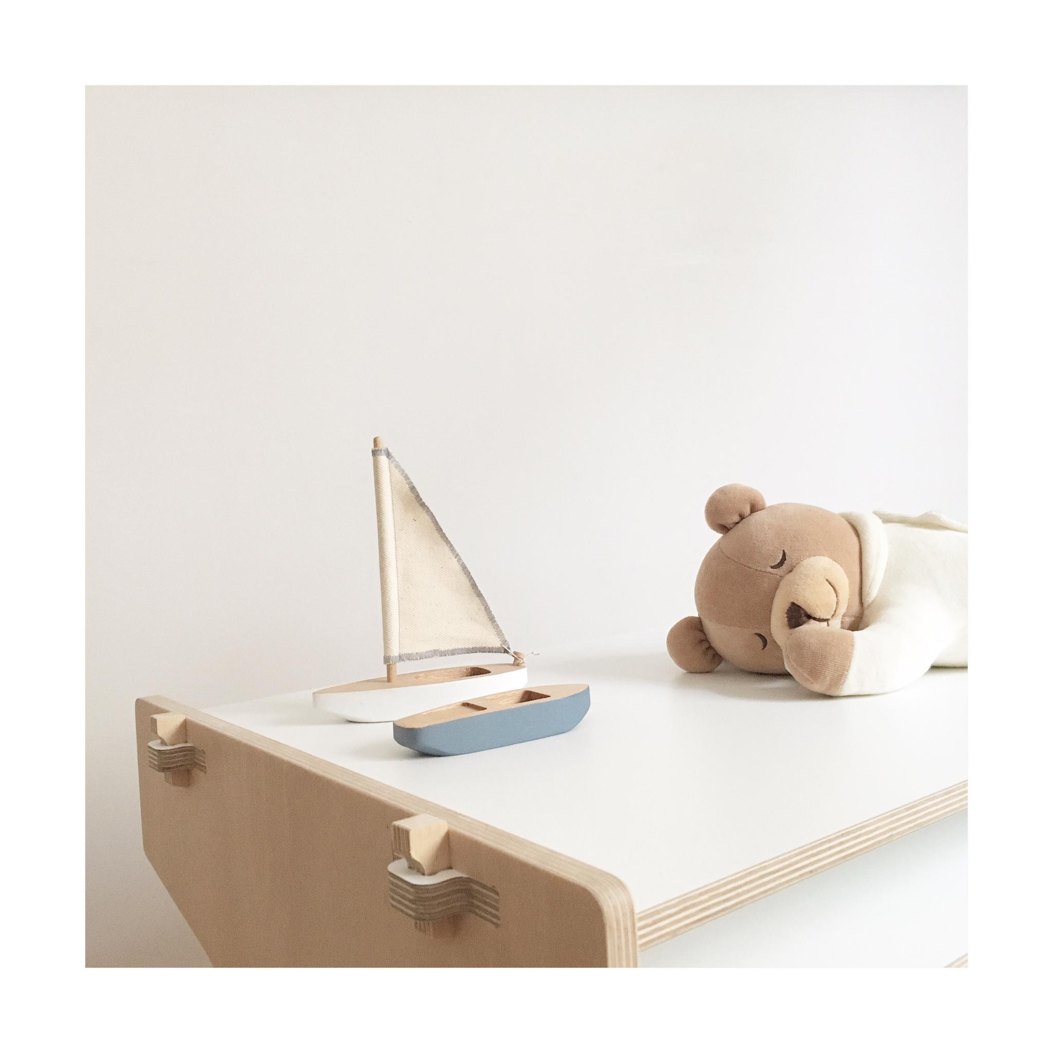 Barcos de madera. #juguetesdemadera #mobiliarioinfantil www.chinpum.eu