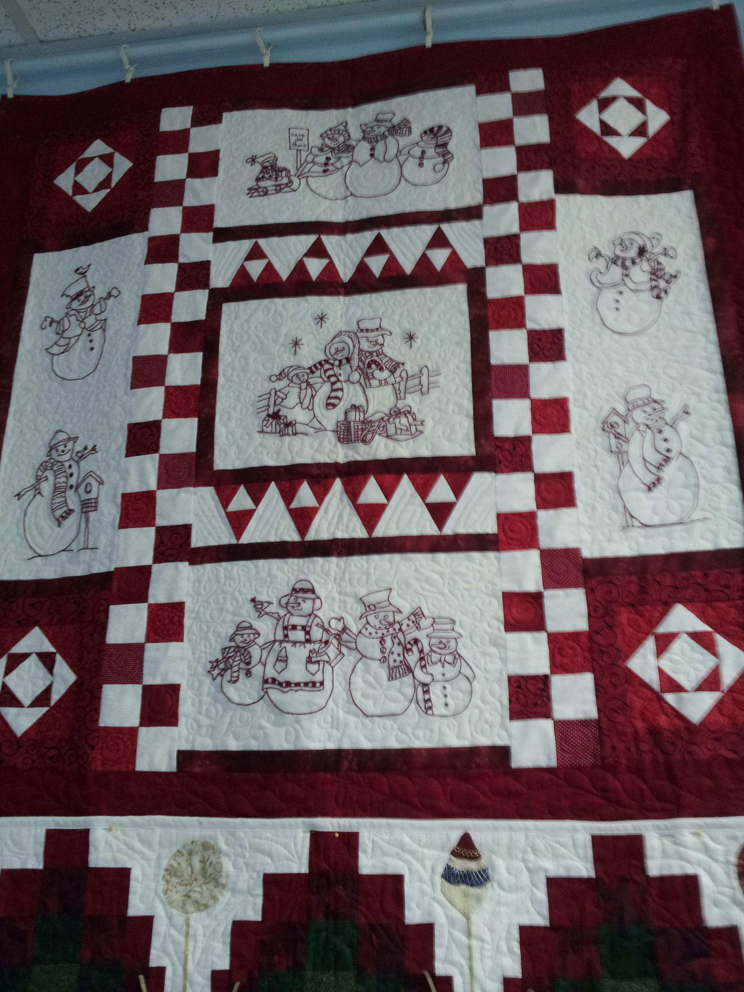 A variation on Crabapple Hill Studio's Winter Wonderland Quilt ... : crabapple hill quilts - Adamdwight.com