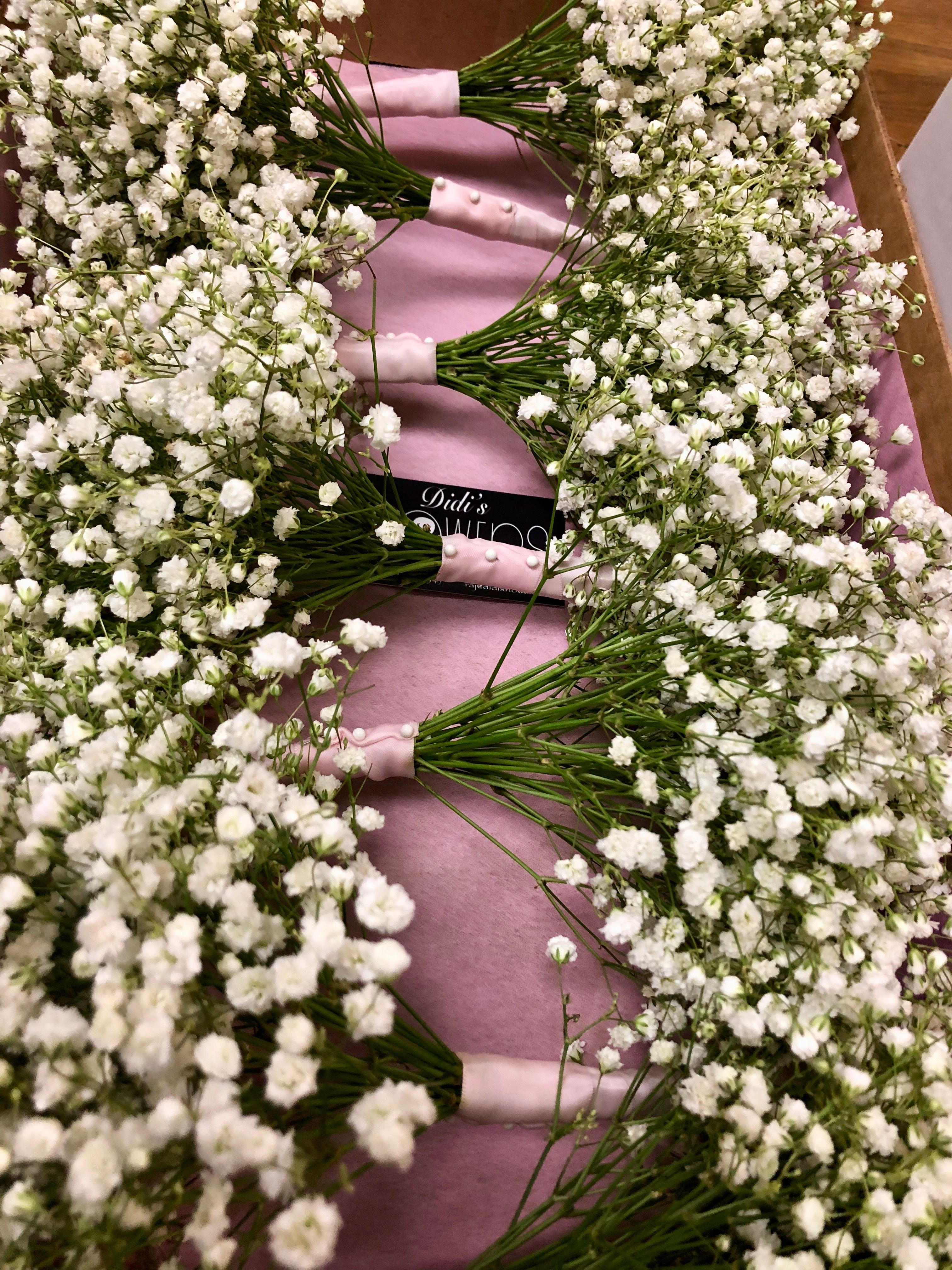 Babys breath bouquets perfect for your bridesmaids