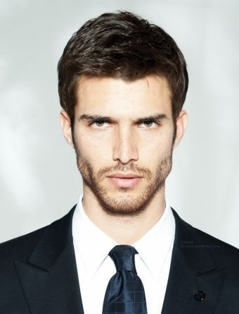 Pictures Of Professional Short Hairstyles Men