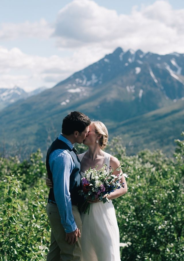 You Cant Get Much More Alaskan Than A Solstice Wedding At Arctic Valley On Beautiful Sunny Day AK Photographer Erica Rose Shares Her Favorites