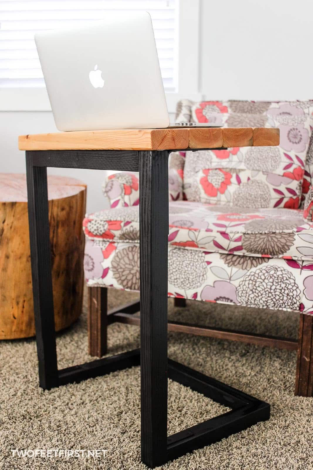 Diy Laptop Sofa Table A Great Gift Idea Sofa Table Diy Sofa Table Diy Sofa