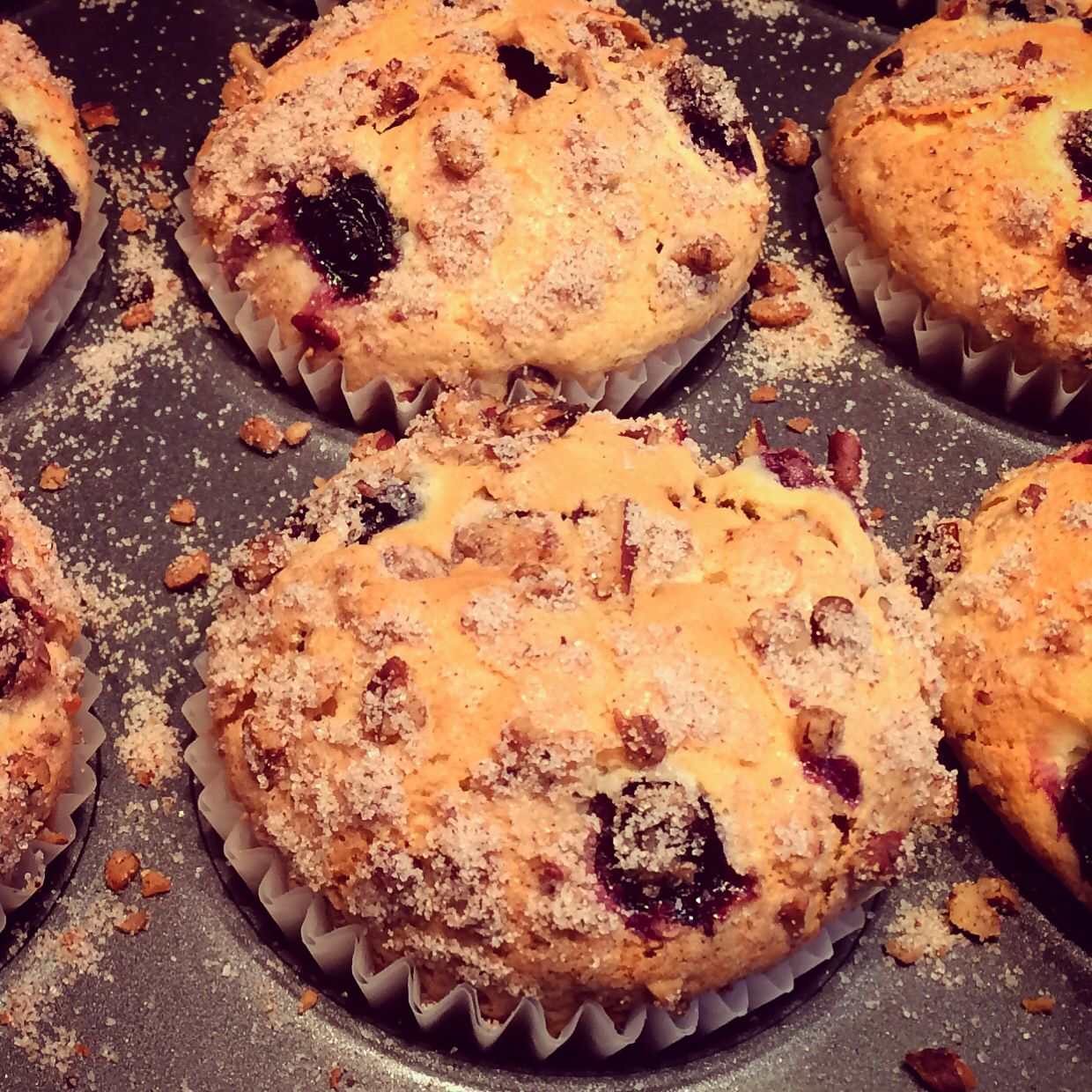 #Blueberry #muffins with #cinnamon #streusel